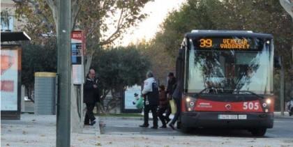 La frecuencia de los buses 23 y 39 los fines de semana no cubre la demanda