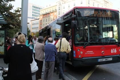 Los autobuses en huelga de Auzsa están obligados ahora a completar todo su recorrido