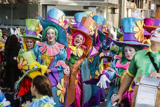imagen de una cabalgata de Carnaval