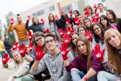 """El """"No es no"""" de la campaña contra el sexismo se extiende también a las fiestas de los barrios"""