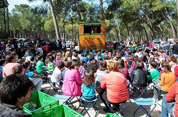 Una actividad lúdica de la Primavera Solidaria.