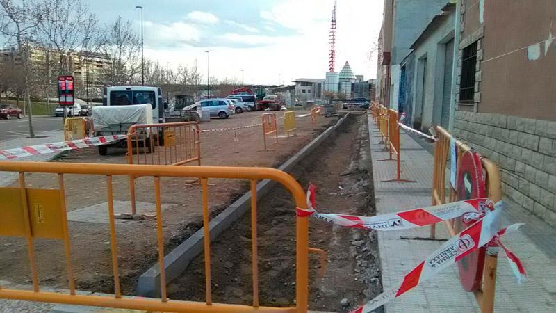 obras aparcamiento calle Zafiro