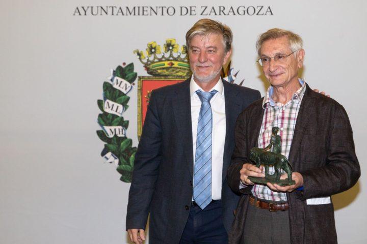 Ricardo Álvarez, Ciudadano ejemplar