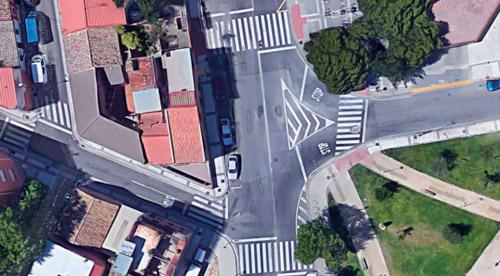 Semáforo calle Zafiro