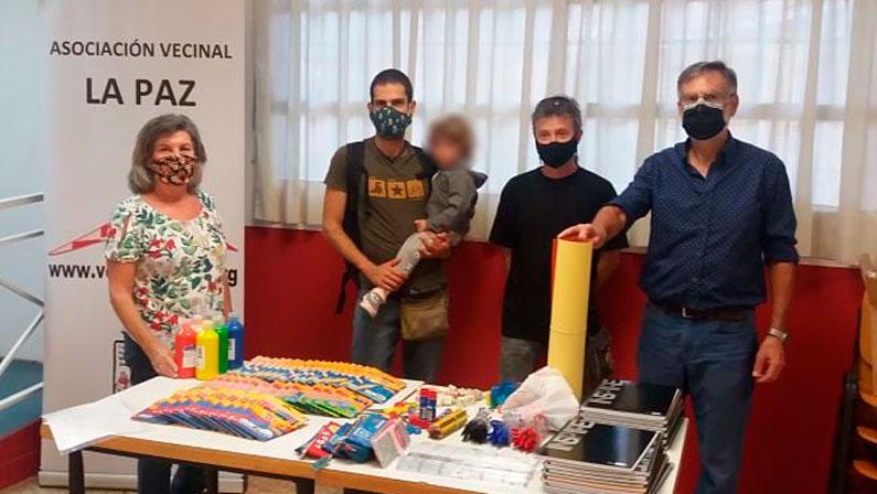 Entrega de material educativo en La Paz