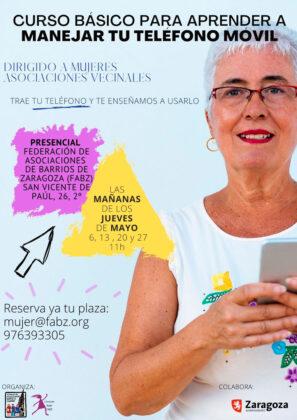 Curso de manejo de movil para mujeres vecinales